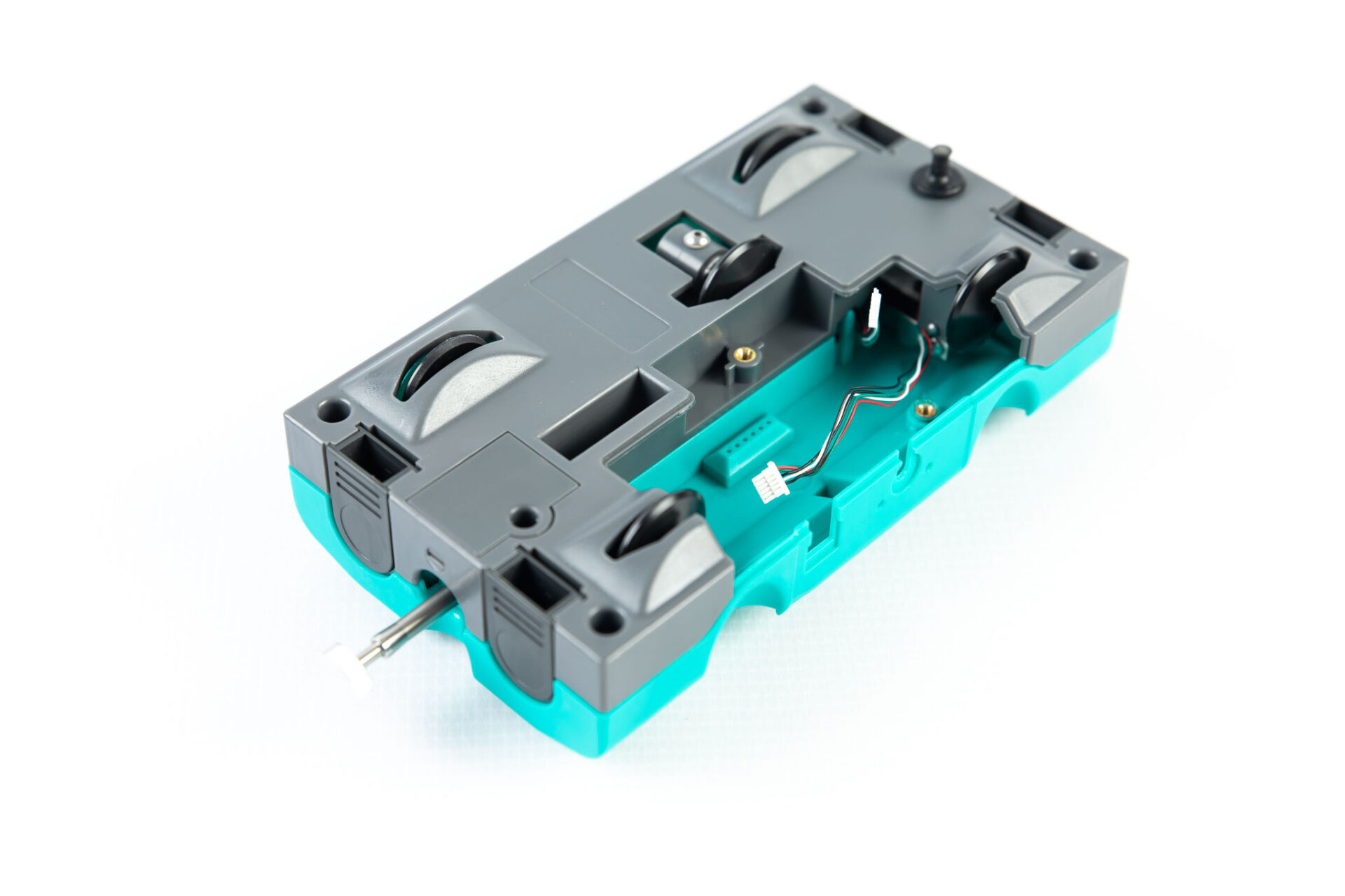 bright turquoise plastic smart dynamics cart